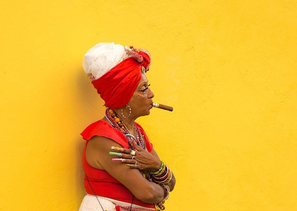 kuba-kobieta-cygaro
